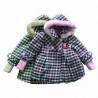 China Kid's Winter Coat, Fashionable with Fur Hood and Checkered Pattern on sale