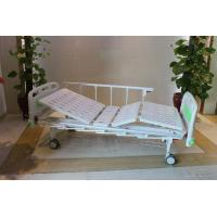 """Quality CE Certificate Mechanical Two Cranks Hospital Patient Bed With 5"""" Double Face Castors for sale"""