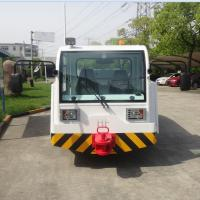 Durable 336 Ton Aircraft Tow Tractor 280 KN Draw Bar Pull Easy Operation
