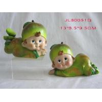 China Polyresin Apple Kids for Home Decoration on sale