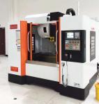 Quality 24T Arm Type Vertical Taiwan CNC Machining Center Xyz EU Standard Classs P for sale