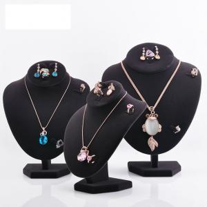 China Varnishing Printed Black Velvet Necklace Display Hook Mannequin Display Form on sale
