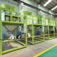 Quality Organic compound fertilizer making machines with weighing double bucket automatic packing scale for sale for sale