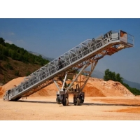 Quality ISO9001 Conveyor Mobile Concrete Block Making Machine for sale