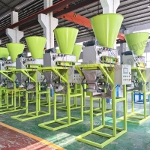 Quality Direct factory supplies automatic compost fertilizer packing machine 20kg per bag for sale