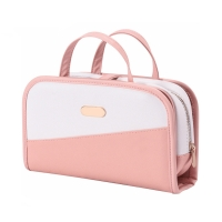 China Custom Large Capacity Waterproof Transparent PVC Cosmetic Bag on sale