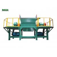 Quality Energy Saving Wood Crushing Machine , Waste Wood Shredder With Suction Device for sale