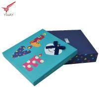 Quality Elegant Christmas Gift Box Recycled Material For Chocolate And Candy Packing for sale