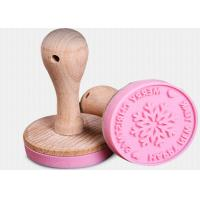 China Food Grade Silicone Kitchen Tools Cookies Wooden Handle Silicone Cookie Stamp on sale