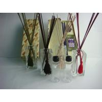 Quality Eco - Friendly Clear Glass Reed Diffuser Set With 150ml Perfume Oil for sale