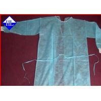 Quality Disposable Medical Surgical Gowns Non Woven Fabric Anti Pull 10GSM - 60GSM for sale