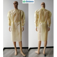 Quality AAMI 2 PP coated PE Disposable Isolation Gowns with Knitted Cuff 40gsm for sale