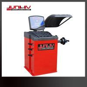 Quality High Precision Wheel Balancing Machine , Tyre Balancing Machine Car Workshop for sale