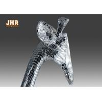 Quality 183cm H Silver Mosaic Glass Polyresin Animal Figurines Giraffe Sculpture Floor Statue for sale
