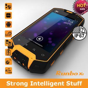 China Hot sale waterproof telephone runbo x5 bluetooth fashion waterproof watch mobile phone on sale