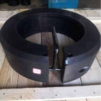 China API Round Rubber Quick Release Thread Protector Clamp-On Thread Protector For Casing And Tubing on sale
