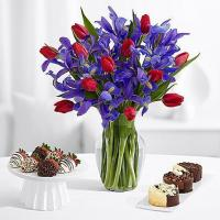 Flowers & Berries Hugs and Kisses with 6 Fancy Strawberries & Cheesecake Trio