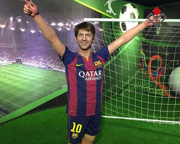 Buy Football Star Wax Figure Lionel Messi at wholesale prices
